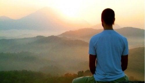 Fem fordeler med å dra på en meditasjonstilflukt
