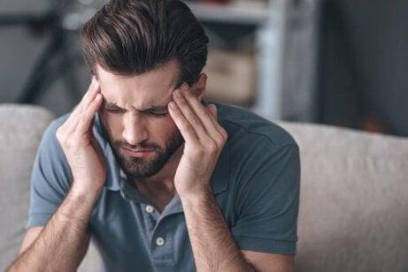 Stress er en faktor som kan forårsake spenningshodepine