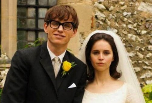 Jane spiller en nøkkelrolle i The Theory of Everything