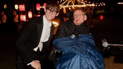 Stephen Hawking godkjente Eddie Redmaynes opptreden i The Theory of Everything.