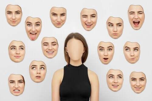 Å tolke følelser i ansiktsutrrykk.