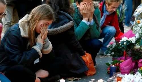 Både terrorisme og organisert kriminalitet etterlater seg ofre.