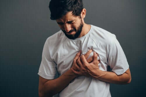 Lider du av angstinduserte brystsmerter?