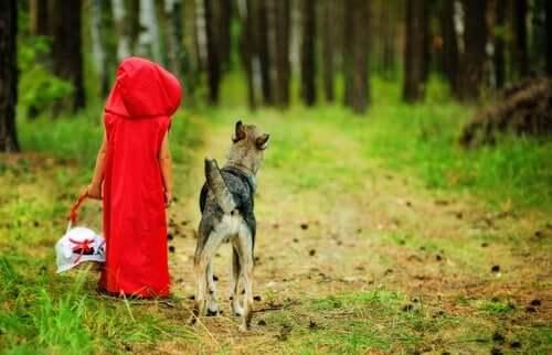 Grunnen til at ulven i Rødhette ikke er slem