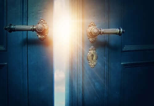 Ikke vær redd for å åpne døren til minnene dine, gode eller dårlige.
