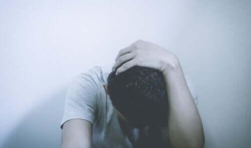 Gutt lider av generalisert angstlidelse.