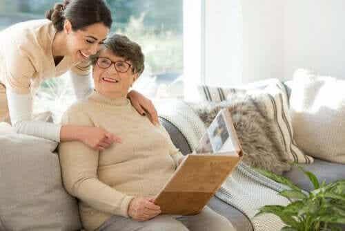 Ikke-farmakologisk behandling for demens
