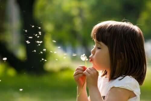 Prosessen til et barns emosjonelle utvikling
