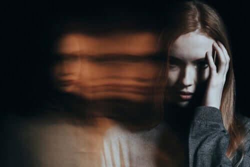Paranoid psykose er en tilstand som medfører en urikitg oppfattelse av virkeligheten.