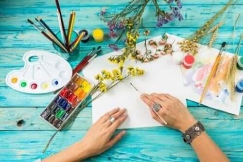 Kunstpsykoterapi er en flott måte å lære seg selvkontroll på