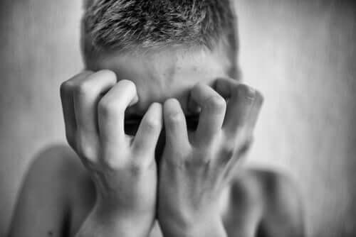 Paranoid psykose – Hva er det, hvorfor er det skadelig?
