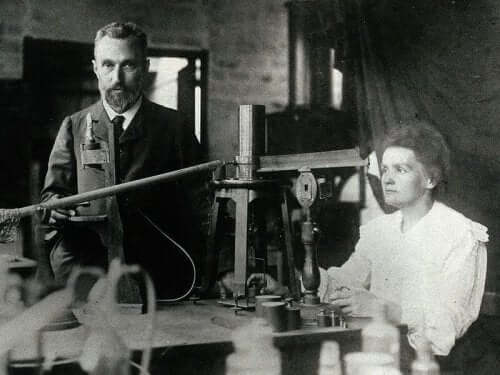 Marie Curie og mannen Pierre.