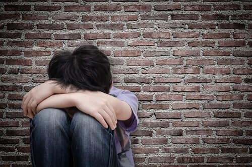 Først nå har menn begynt å melde om seksuelle overgrep de ble utsatt for som gutter.