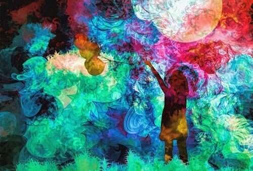 Fargerikt bilde av jente med ballonger i hånden