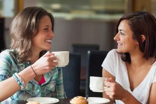 Kan du stole på noen du nettopp har møtt? Utforsk Sinnet