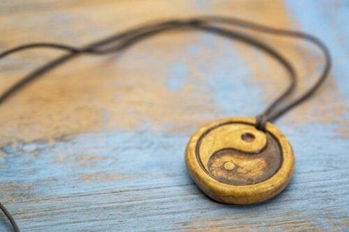 Yin og yang stammer fra taoisme.