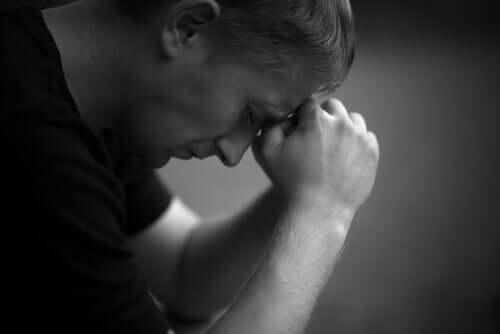 Sinne-stadiet av sorg: Hvordan oppleves det?