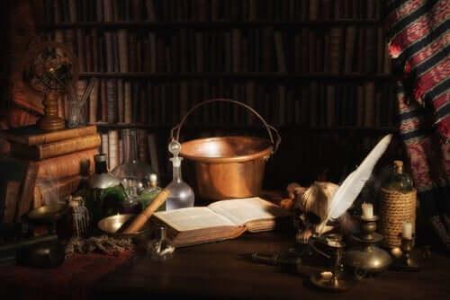 Historiene om Merlin og kong Arthur går ofte hånd i hånd.