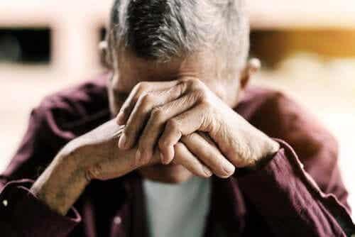 """""""Sundowning syndrome"""" hos eldre mennesker"""