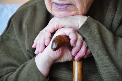 Sundowning syndrome kan forekomme hos alle, men skjer oftest med eldre mennesker.