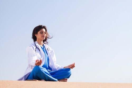 Regulering av følelser hos helsearbeidere