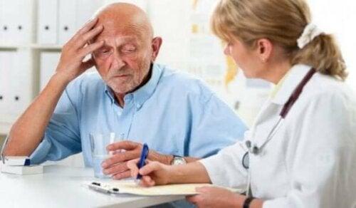 Å oppdage demens under fastlegebesøk
