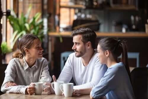 Kommunikasjon over en kopp kaffe