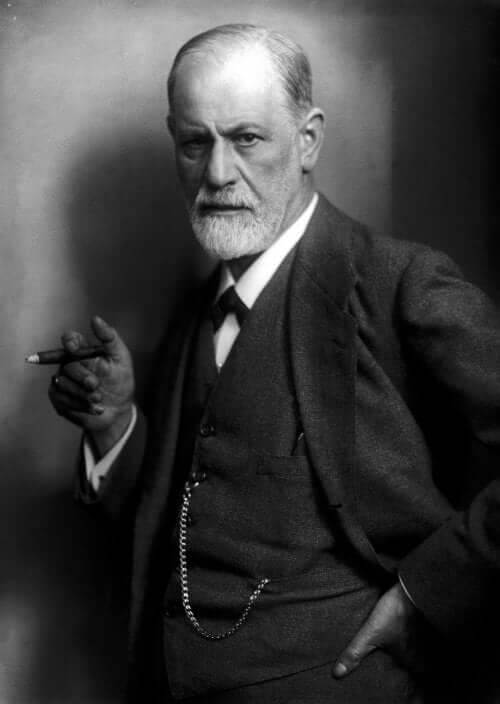Svart hvitt fotografi av Sigmund Freud med sigarett