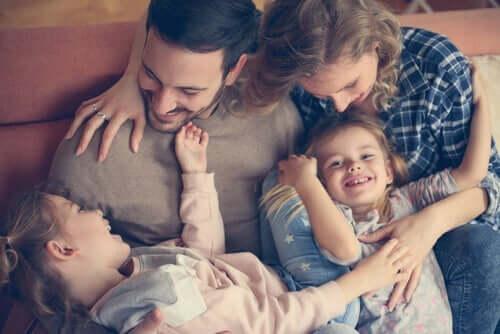 Foreldrenes rolle under hjemmeisoleringen