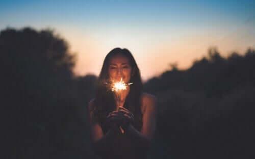En kvinne med et stjerneskudd