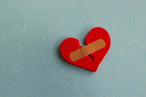 Forskjellen mellom monotoni og hjertesorg