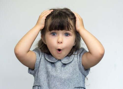 Hjernen elsker overraskelser, faktisk om de er gode eller dårlige.