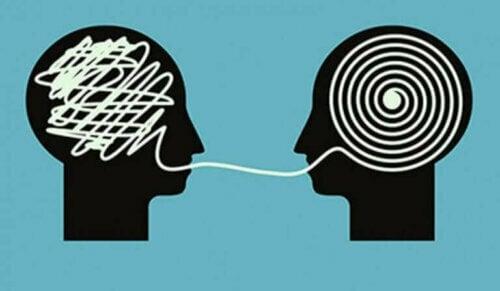Å rette på en person med en feil idé