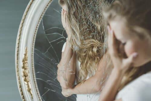 Kroppen og dysmorfisk lidelse – grunnen til at det skjer