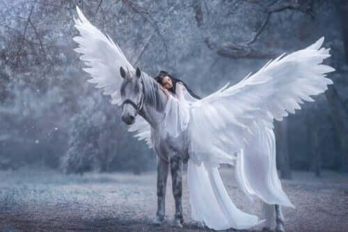 Feer og hekser er diskriminerende kvinnerepresentasjoner i eventyr.