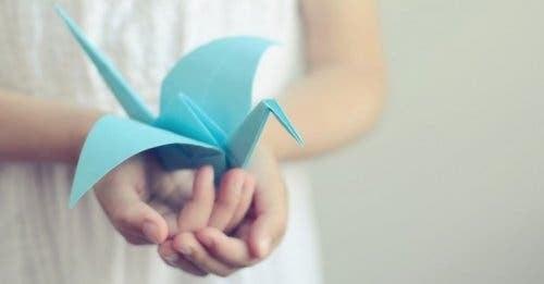 En origamifugl
