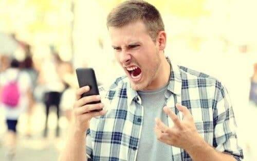 Voksne har også raserianfall - hvorfor skjer dette?