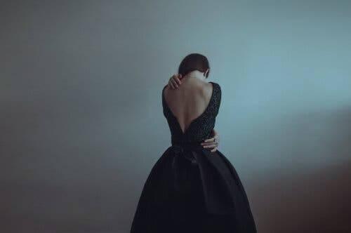 Å være alene er ikke det samme som å føle seg alene