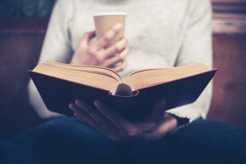 Den magiske effekten lesing har på hjernen vår.