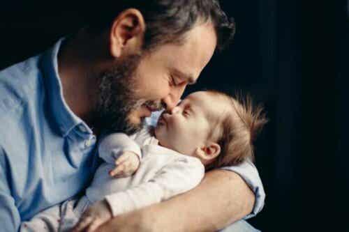Å bli far kan utløse hormonelle forandringer