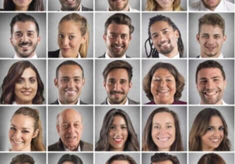 Bilder av forskjellige ansiktsuttrykk.