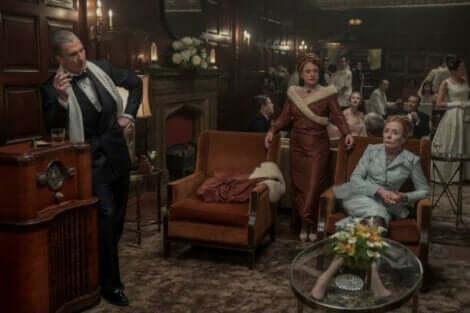 En scene fra serien Hollywood.