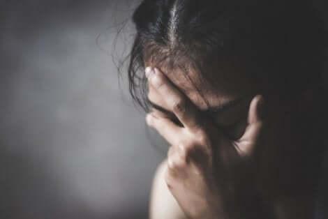En kvinne som er trist