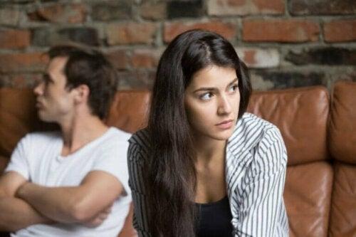4 viktige faresignaler i forholdet ditt