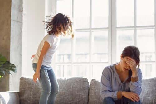 Fordeler og ulemper ved ettergivende foreldre