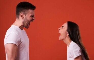 Rope og skrike som et uttrykksmiddel