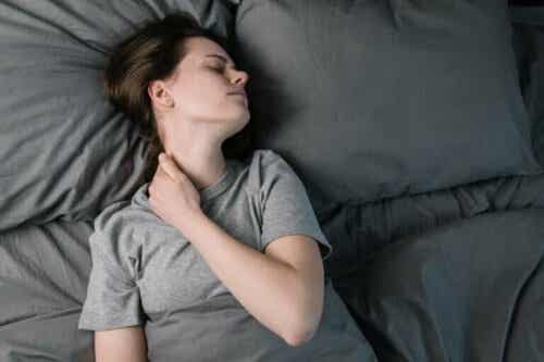 Hvordan kroniske smerter påvirker søvn