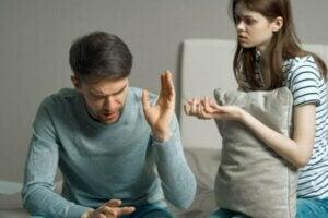 Fiendtlighet i et forhold er forspillet til slutten