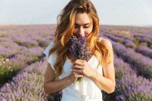Hva er et olfaktorisk minne og hvordan fungerer det?