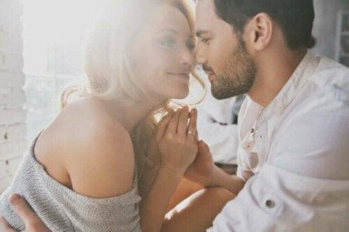 Intimitet i forhold – Tillit og gjensidighet